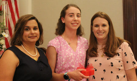 ASH Mothers' Club hosts Class of 2019 Mother/Daughter Luncheon